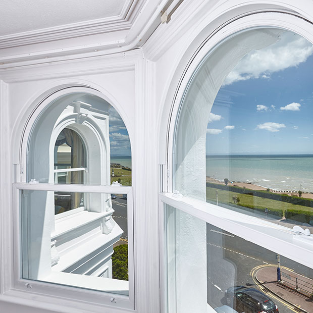 10 Photos Of Arched Sash Windows That Prove It Can Be Done