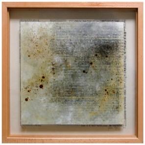 Entre palabras el silencio, Colombia   vitrina 51 x 51 x 4,5 cm