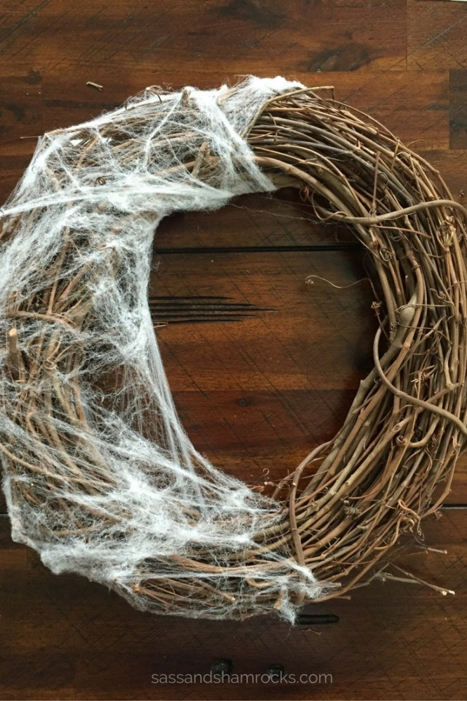 DIY Halloween Spider Web Wreath