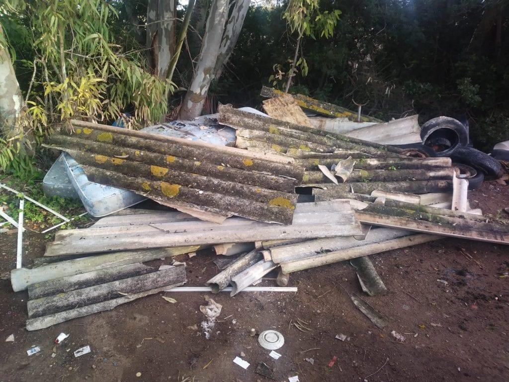 Abbandono di amianto nelle campagne di Alghero: bonificate 3 mini discariche