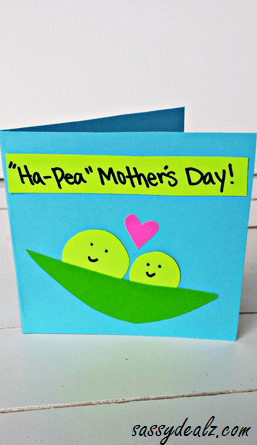 Moms everywhere will love being presented with this handmade paper banner. Easy Mother S Day Cards Crafts For Kids To Make Crafty Morning
