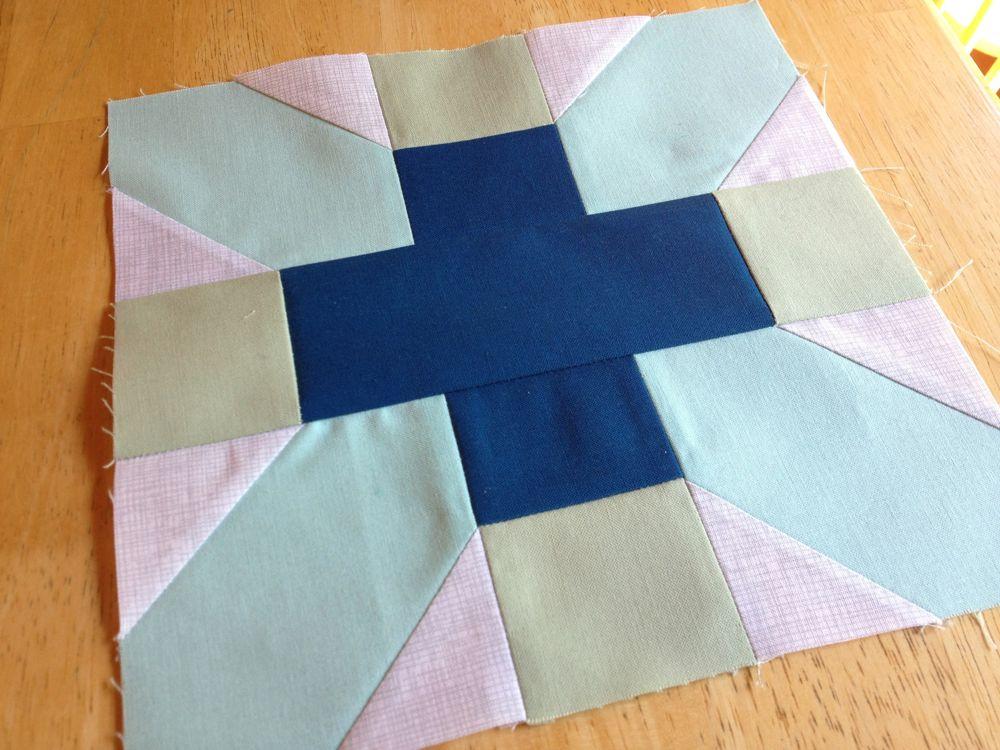 X-Plus quilt block
