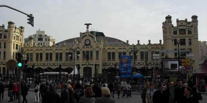 Valencia Train Stations