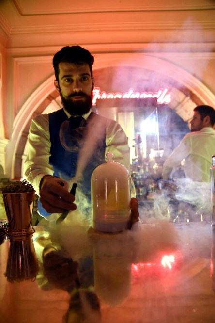 "Threadneedle Bar launches ""Smoky Cocktail Menu"""