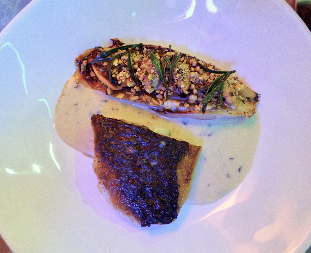 Plate Shoreditch Stone Bass