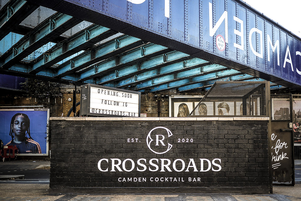 Crossroads-bar-outside