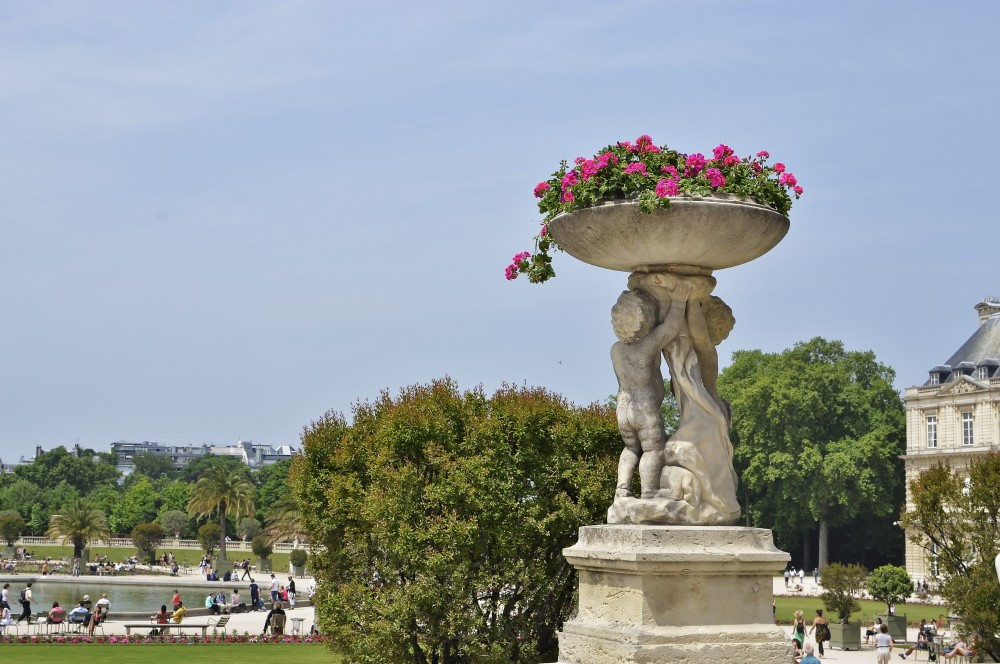 Of Baguettes and History – Jardin du Luxembourg