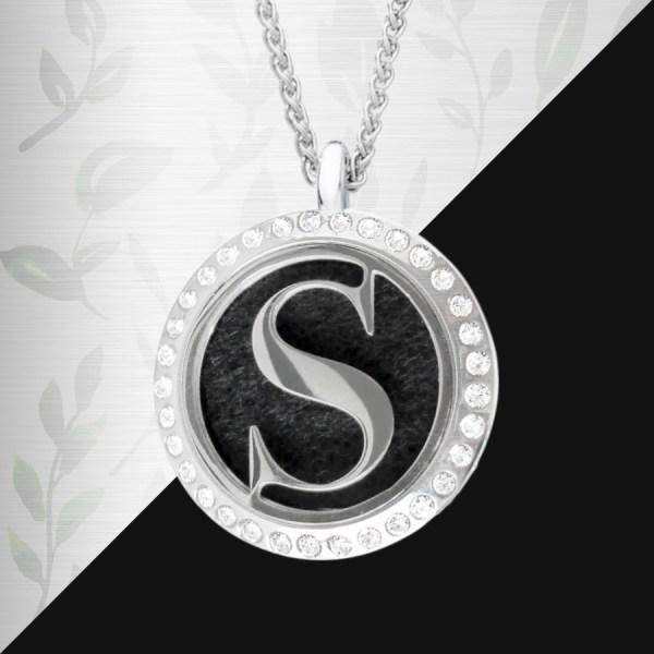 Shop-necklace-9