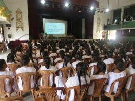 Devi Balika students introduced to Sati Pasala (21)