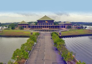 Sati Pasala - Mindfulness to the Sri Lankan Parliament