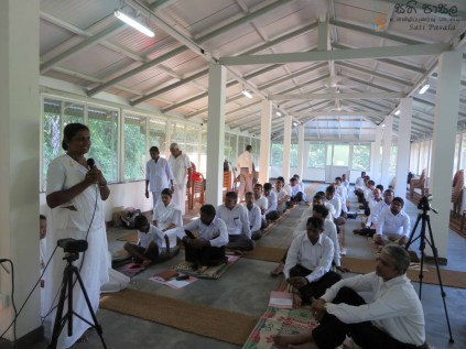 Sati Pasala Program for Principals and Teachers of Dompe Education District (1)
