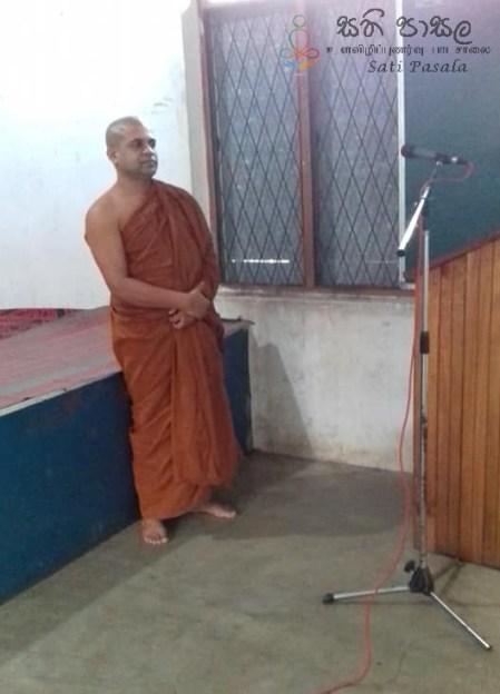 Sati Pasala Programme at Thelambugala Pirivena (16)