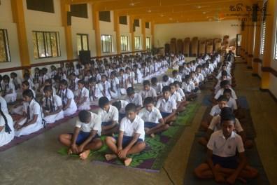 Thawalama Vidyaraja National School Grade 8 & 9 Students Practiced Mindfulness (17)