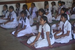 Thawalama Vidyaraja National School Grade 8 & 9 Students Practiced Mindfulness (5)