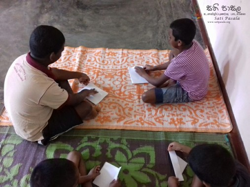 Sati Pasala Programme at Childrens Remand Home, Bambaradeniya (10)