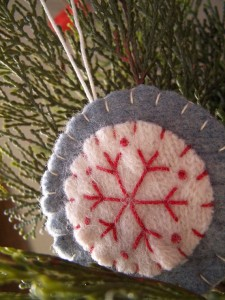 Charmed by this felted ornament from Scissaroo shop.