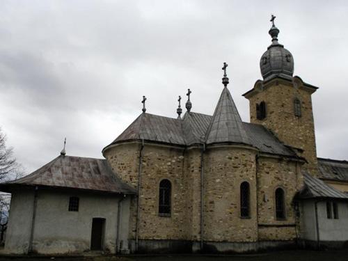 Mănăstirea din Bixad construită pe locul unui altar închinat lui Zamolxis?