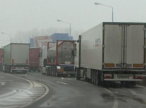 Restricții de circulație pe teritoriul Ungariei. TIR-urile au interzis
