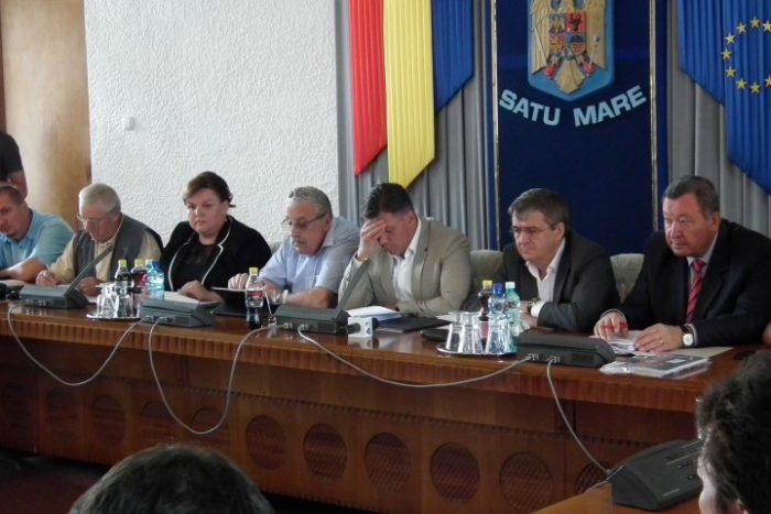 Contre între putere și opoziție la ședința Consiliului Județean