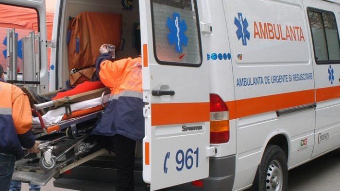 Trei răniţi în urma unei explozii la ştrandul din Acâş