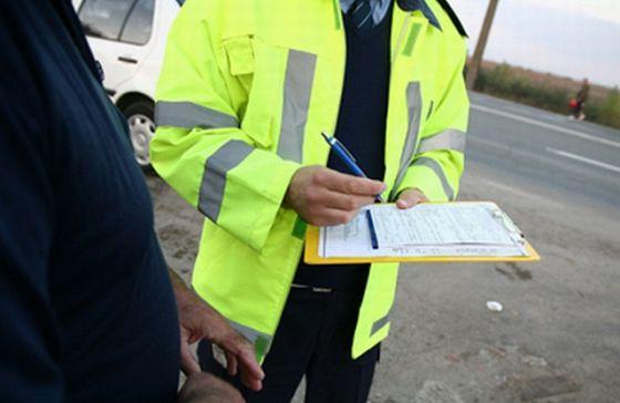 Polițiștii rutieri au dat amenzi în valoare de 9.700 lei