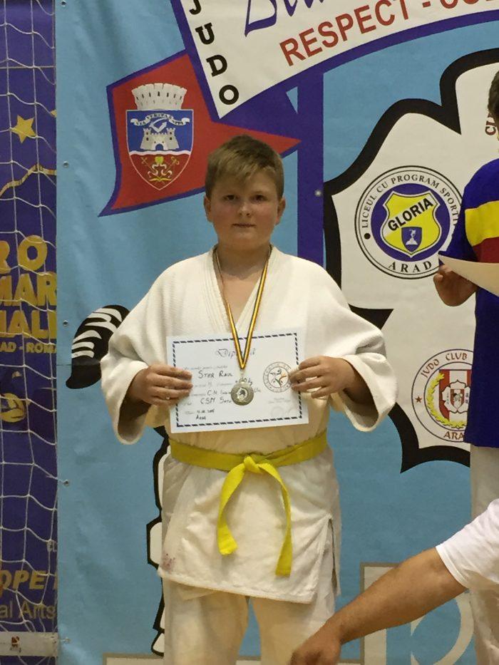 Raul Şter de la CSM Satu Mare, vicecampion naţional la judo