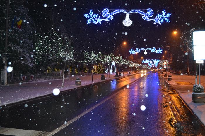 Orașul Negrești-Oaș a îmbrăcat straie de sărbătoare (Foto)