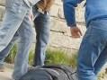 Elev de clasa a IX-a, desfigurat în curtea școlii. Ce spune șeful IPJ