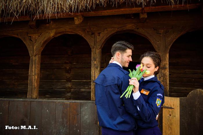 Doi tineri … și o poveste de dragoste. Un sătmărean, imaginea MAI pe Facebook (Foto)