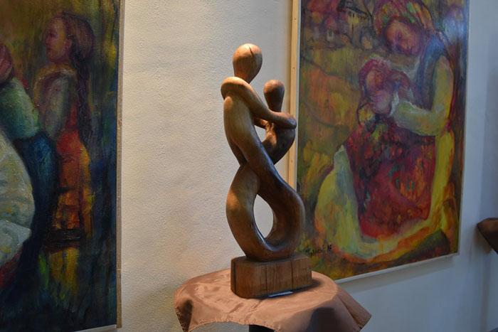 """Expoziție dedicată """"Zilei Internaționale a Femeii"""" la Centrul de Creație  (Foto)"""
