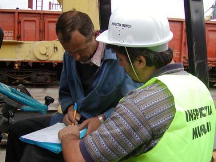 Angajatori amendați de ITM. Ce nereguli au găsit