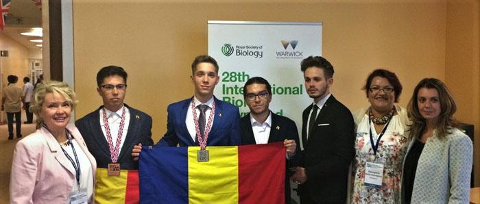 Trei premii pentru lotul României la Olimpiada Internaţională de Biologie