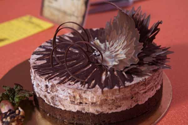 Tortul Anului 2018 va fi un tort de ciocolată