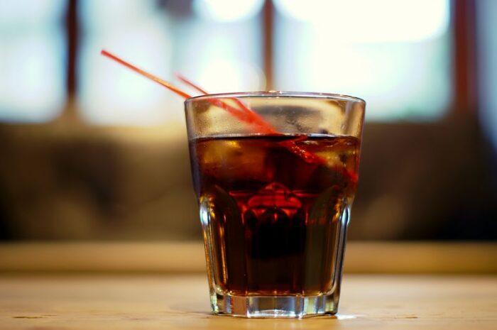 20 de întrebuințări ale unui pahar de Coca-Cola la care nu te-ai gandit