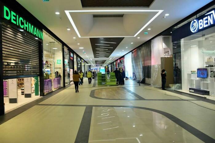 A început numărătoarea inversă. Cum arată mall-ul NEPI (Foto)