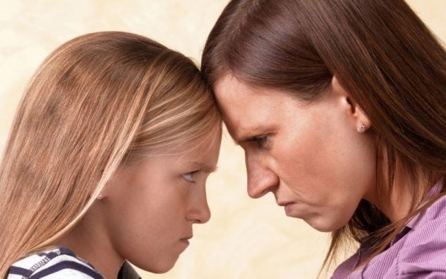 """Socant ! Postarea unei mame: """"Nu-i mai suport. Imi pare rău că i-am făcut"""""""