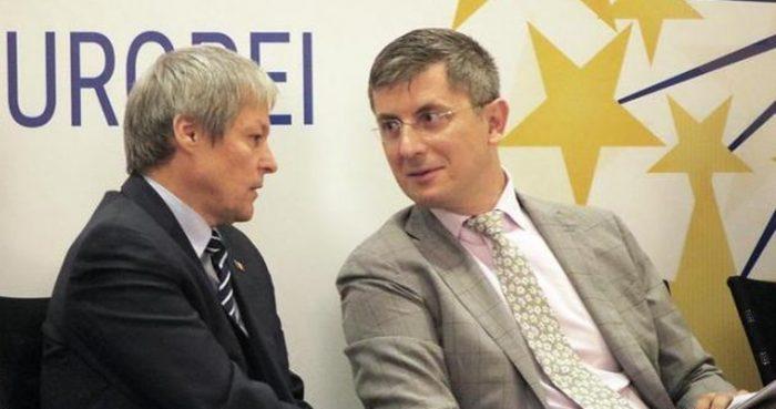 Dan Barna (USR) candidează la președinție. Dacian Cioloș lasă Parlamentul European pentru funcția de premier