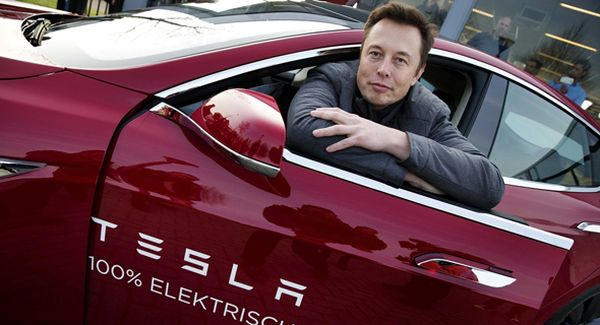 Compania americană Tesla va sponsoriza CFR Cluj