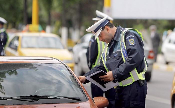 Polițiștii au aplicat zeci de amenzi