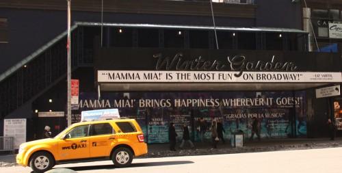 Winter Garden teatterissa esitettiin Mamma Mia