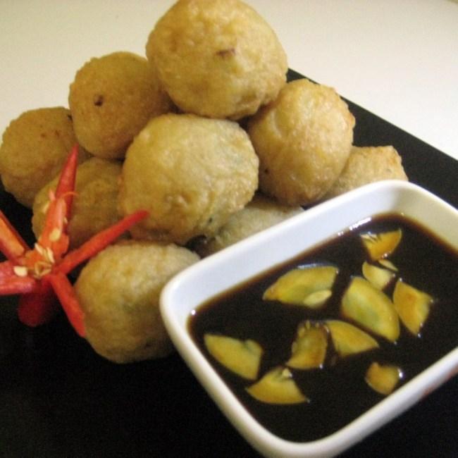 pempek-adaan (www.kuliner123.com)