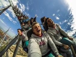 5 Roller Coaster Terekstrem dan Tercepat di Dunia, Berani Coba?