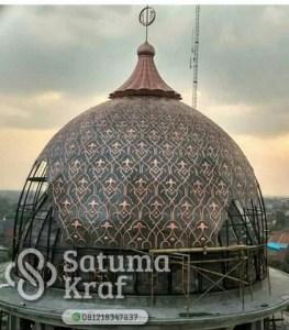 pembuatan dan pemasangan kubah masjid tembaga