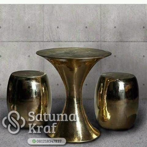 meja kursi cafe dari tembaga kuningan