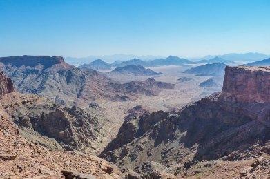 Sarawat Mountains at Jebel Khunayfah (photo: Florent Egal)
