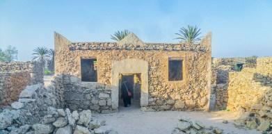 Old mosque at Al-Qassar village in Farasan Al-Kebir (photo: F. Egal)