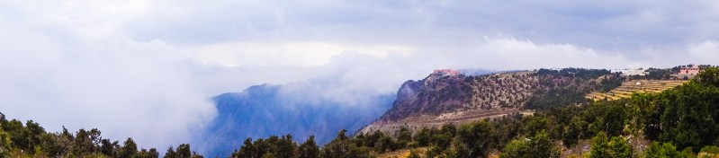 Clouds and fog in the Sarawat mountains close to the village of Al-Suqqa on the north of Abha (photo: Florent Egal)