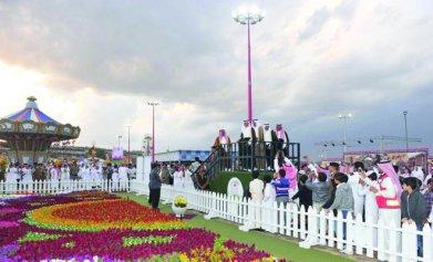 Makkah Governor Prince Khaled Al-Faisal opening the 2013 Taif Rose Festival (photo: Arab News)