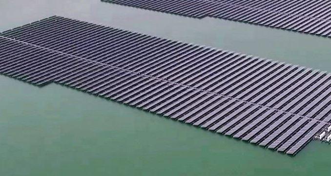 UAE seeks consultants to develop floating solar power plants
