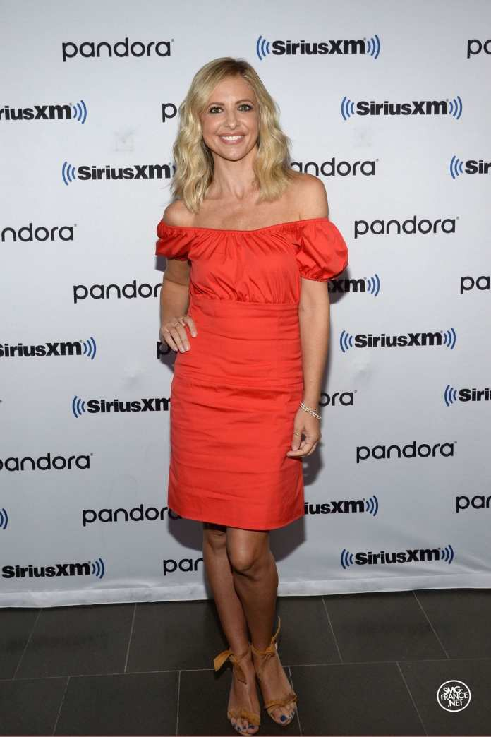 Sarah Michelle Gellar in a beautiful red dress, New York